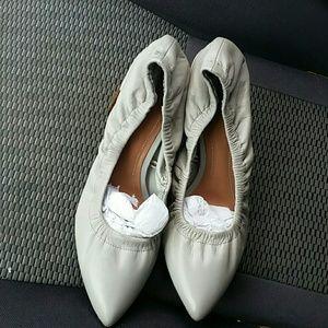 Zara Woman gray leather pump block hel